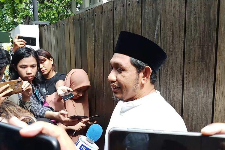 Haji Ahmad Habib, ketua Yayasan Yatim Piatu Daarul Rahman di kediaman BCL kawasan Pejaten Barat, Jakarta Selatan, Selasa (18/2/2020)
